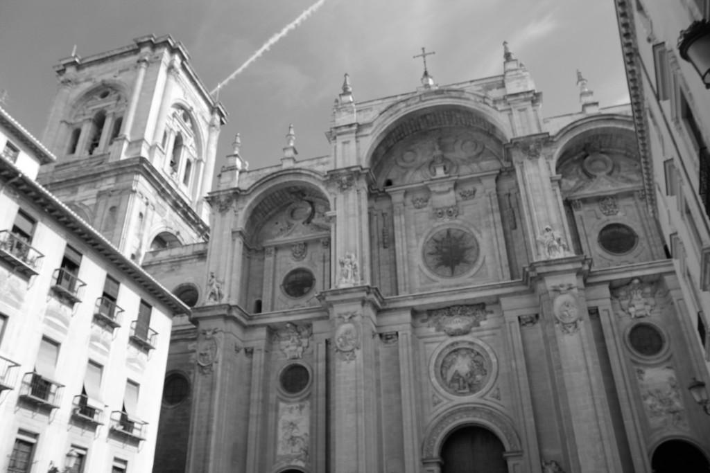 Fachada de la Catedral de Granada desde la plaza de las Pasiegas. Foto: Álvaro Barbero