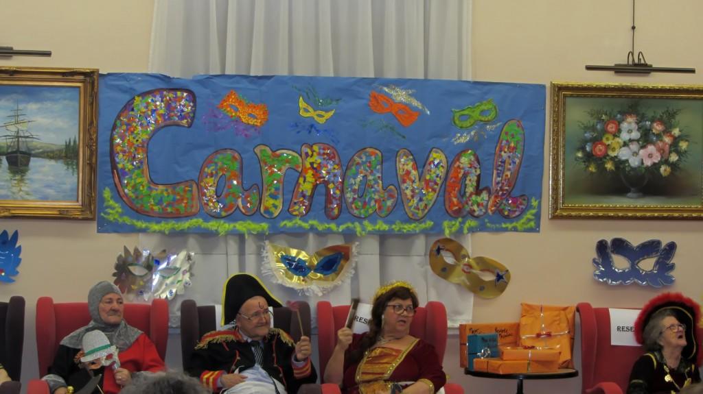 La edad no es un impedimento para disfrutar del Carnaval. Fotos: Miriam Rodriguez