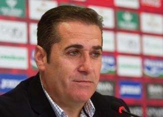 Rueda de prensa de despedida de José Ramon Sandoval como entrenador del Granada CF, en la ciudad deportiva del equipo. Foto: Antonio L. Juárez