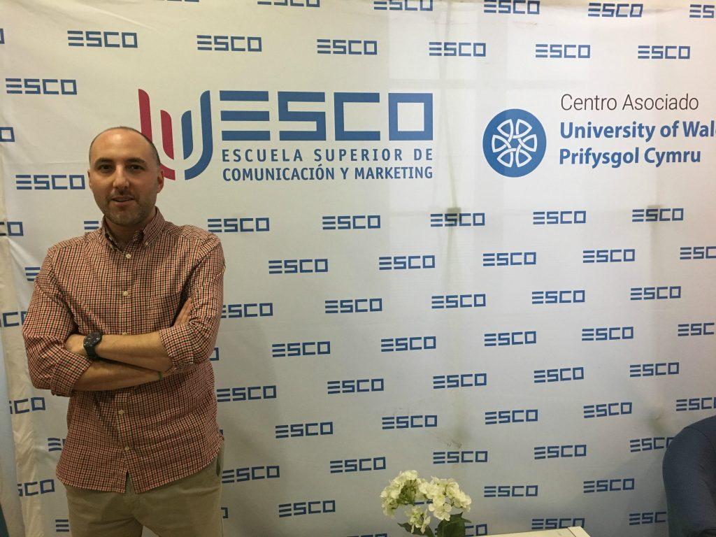 Ángel Liceras en las instalaciones de ESCO