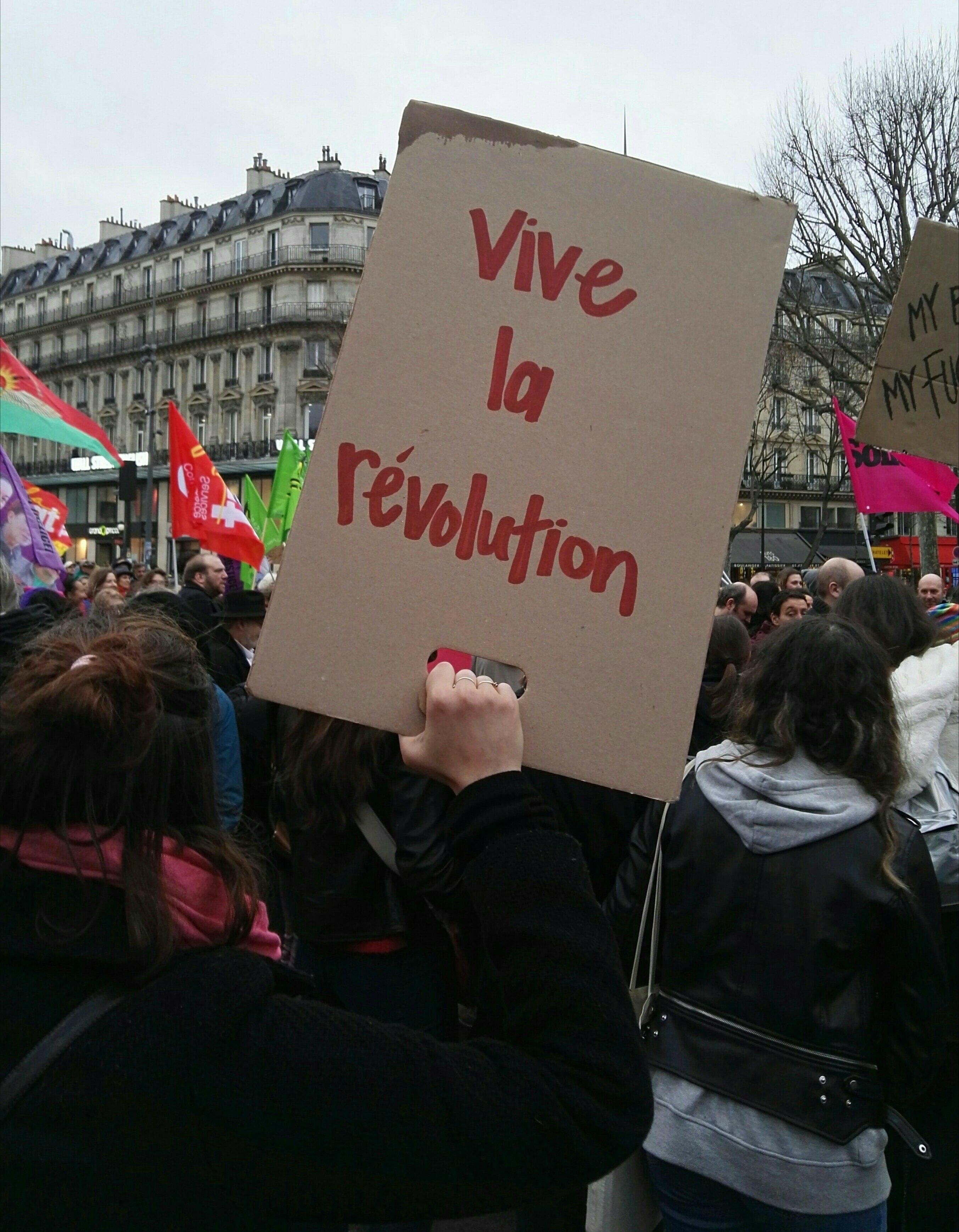 El sueño de la revolución el 8M en París