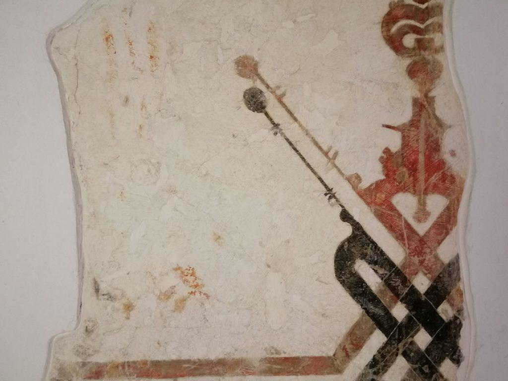 Los restos de pintura mural nazarí son similares a los de la Alhambra